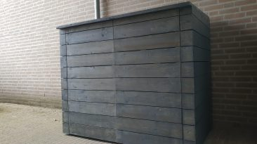 Shed for storing garbage containers